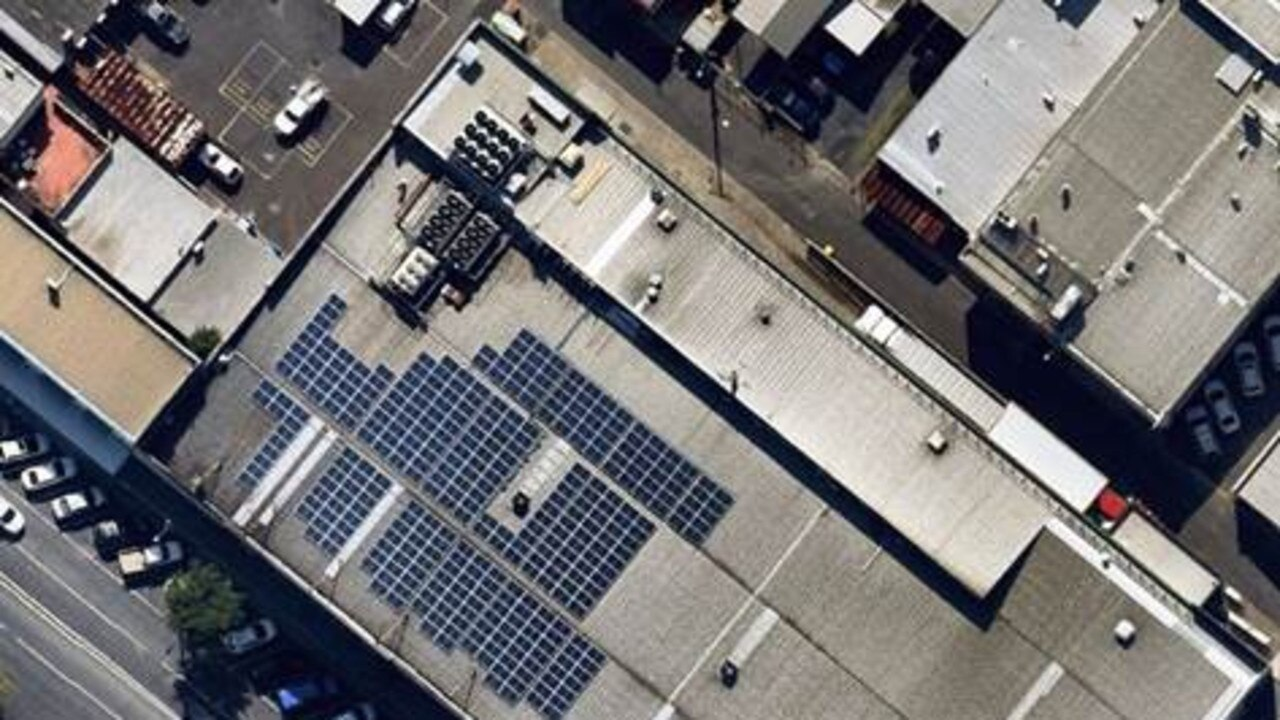 Woolworths has installed a 272kW solar array, featuring more than 930 solar panels, on the roof of its Coffs Harbour store.