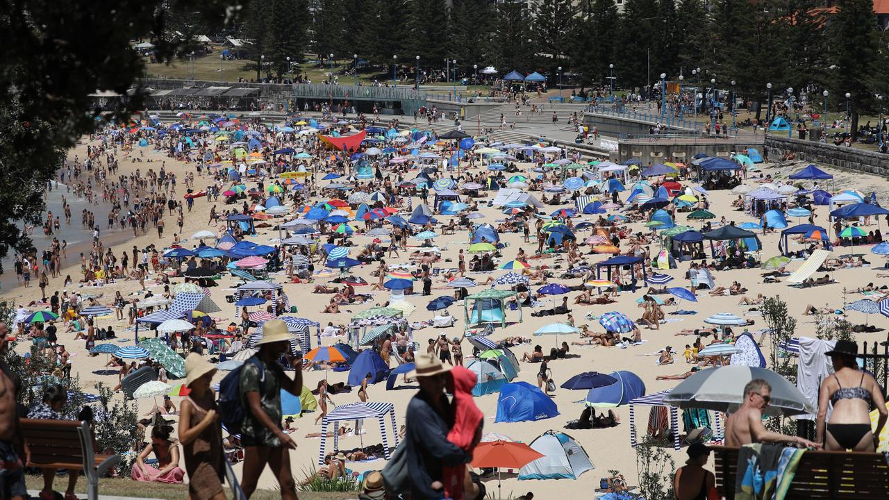 Crowded Coogee. Picture: John Grainger