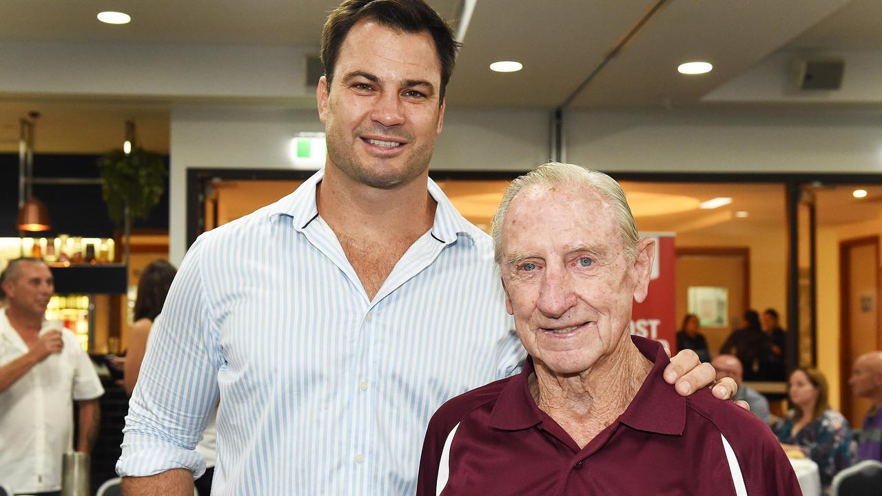 Men of League Dinner – Former Kangaroo and Men of League QLD manager David Shillington and Fraser Coast Referee of the Century Paul Goener.