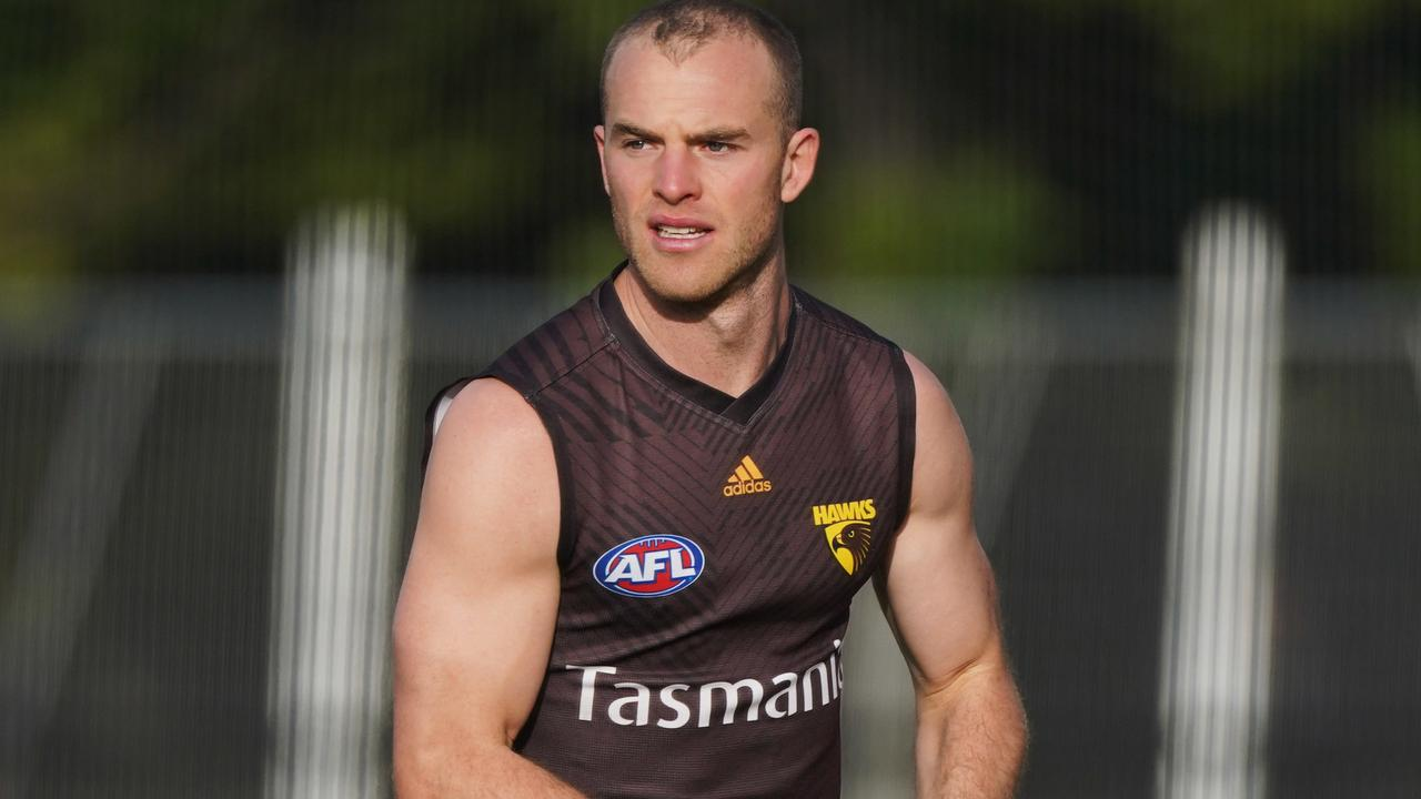 Tom Mitchell is an elite KFC SueprCoach midfielder.