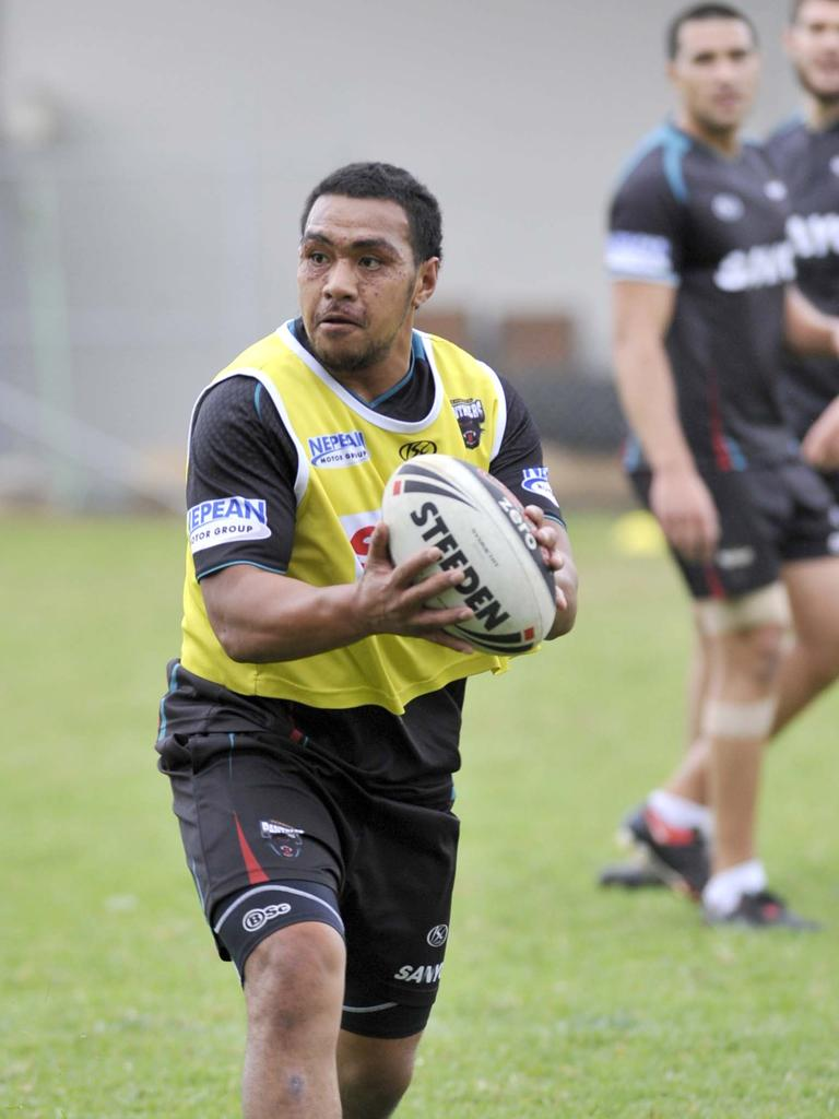 The Penrith Panthers training session following their home game against the Sharks in 2009. Masada Iosefa.