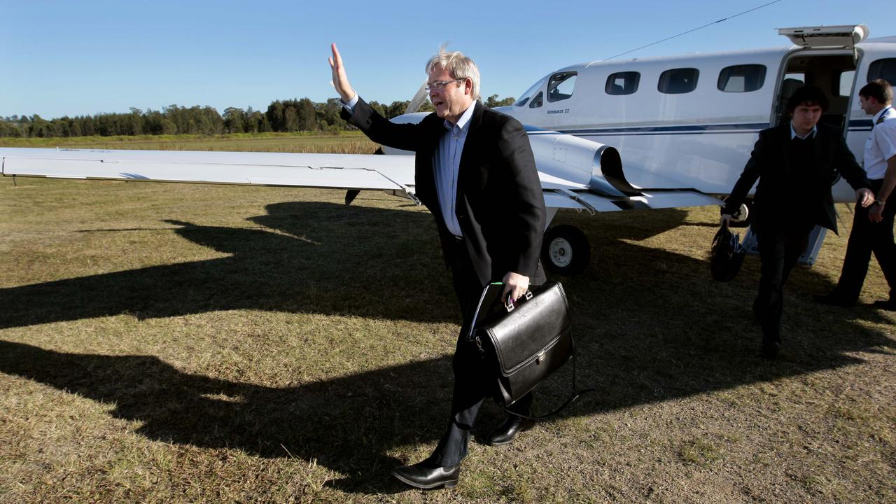 Kevin Rudd once travelled in a twin-engine Cessna Conquest, however, CASA have not issued any warnings about low-flying former Prime Ministers.