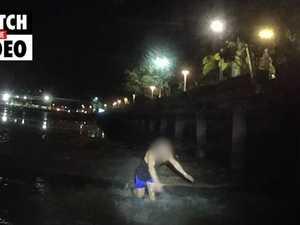 Man tries to hide from police under Cairns Esplanade boardwalk