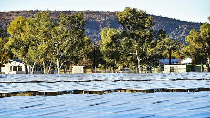 Australia to get largest solar farm in world