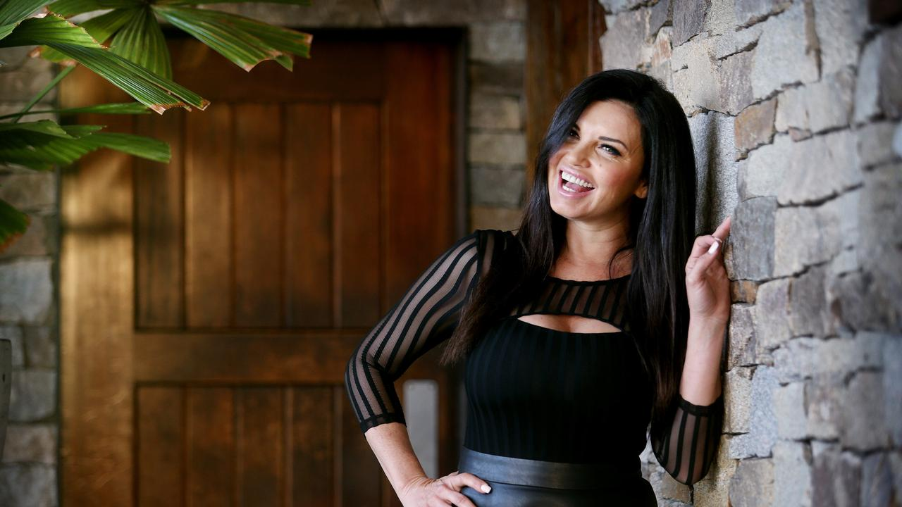 A warrant has been issued for embattled former Block contestant Suzi Taylor's arrest after she allegedly breached her bail more than 80 times.