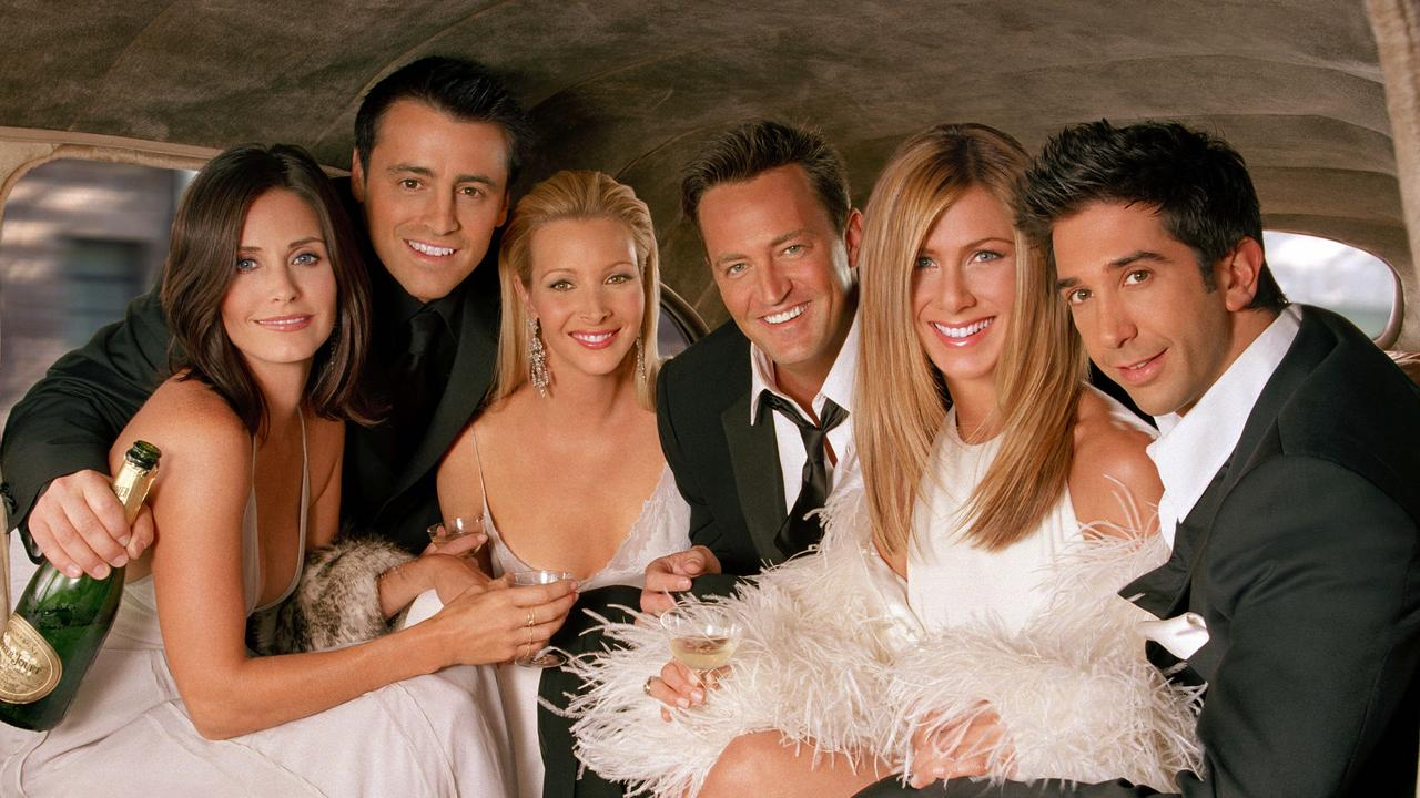 Friends cast: Courtney Cox-Arquette with Matt LeBlanc, Lisa Kudrow, Matthew Perry, Jennifer Aniston and David Schwimmer.