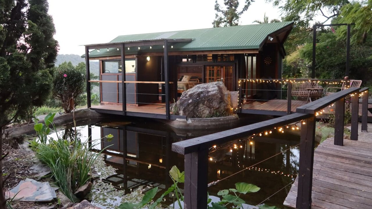 9. Mudgeeraba entire guesthouse immersed in nature, close to town