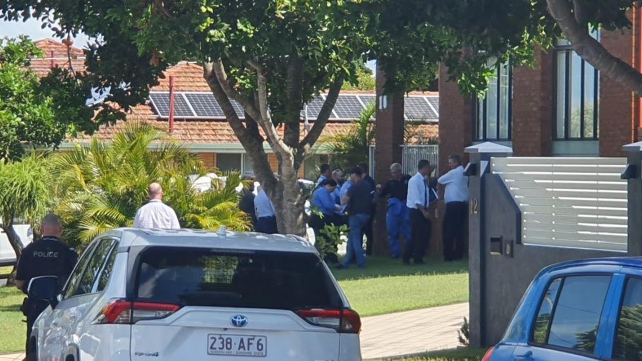 Police establish crime scene in Bracken Ridge after suspicious death
