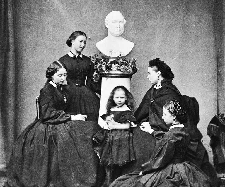 Funeral fashion in the Victorian Era