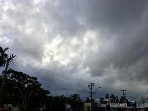 How much rain will Gladstone receive?