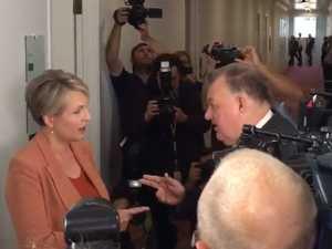 'Shut up': Pollies in fiery hallway brawl