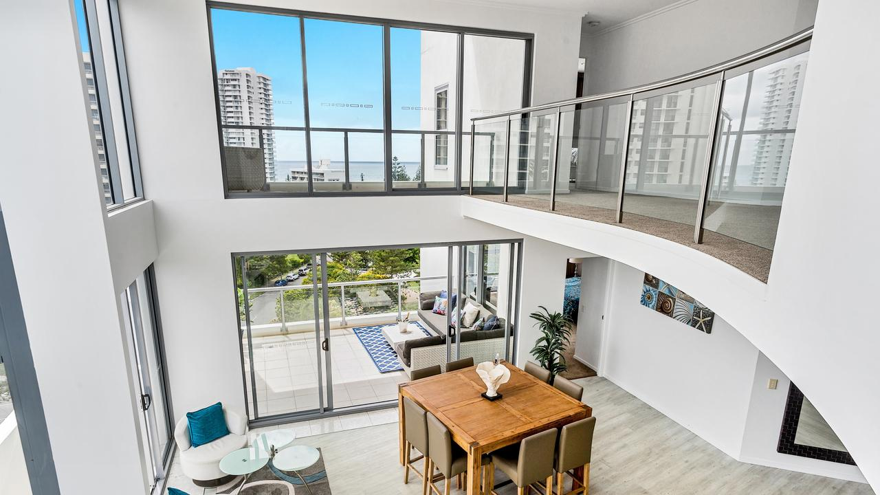 The penthouse in the Surf 120 building Broadbeach