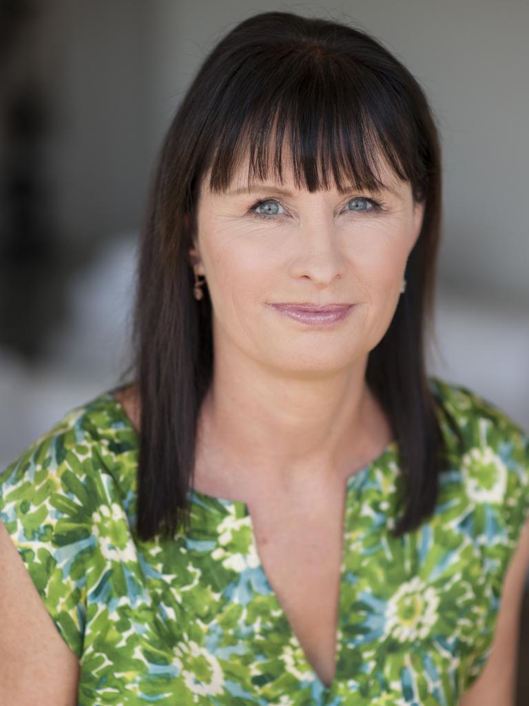 Dr Catharine Lumby