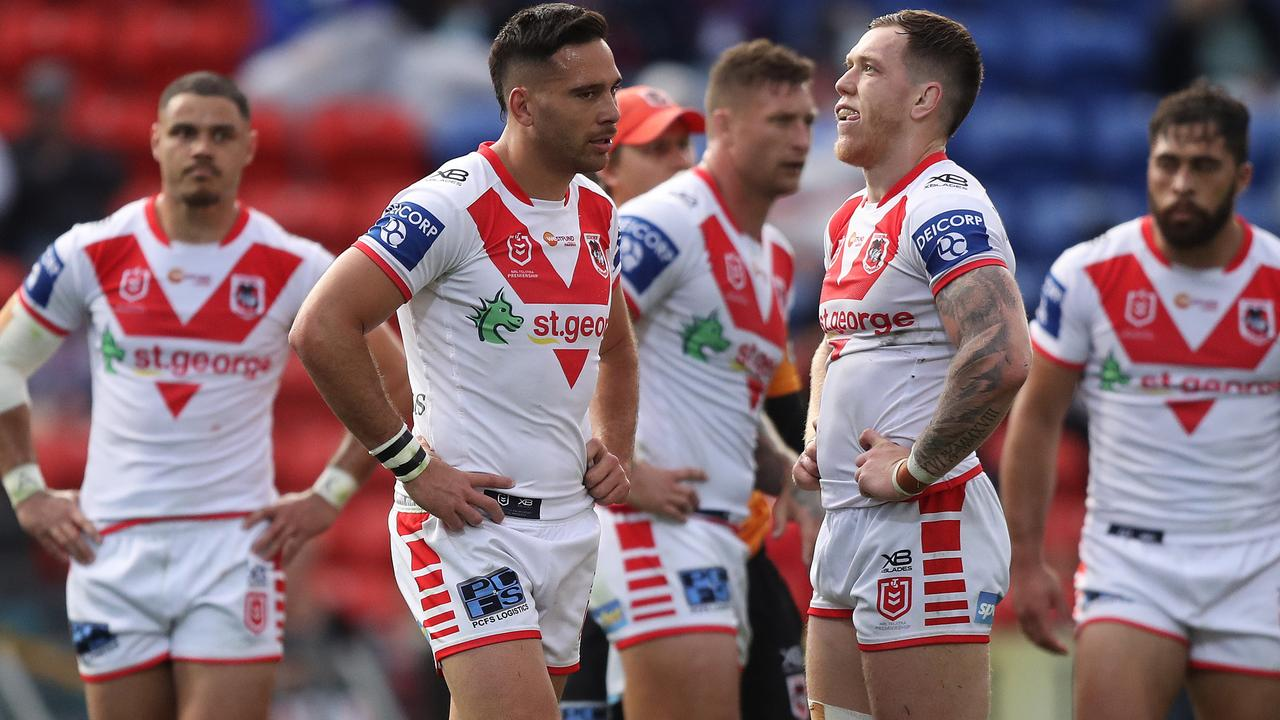 It's a sad state of affairs to watch the once-proud club St George Illawarra go from one incompetent decision to another writes David Riccio.