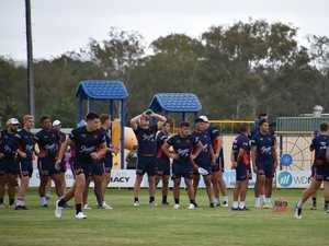 Fans swarm Mullumbimby as Roosters arrive
