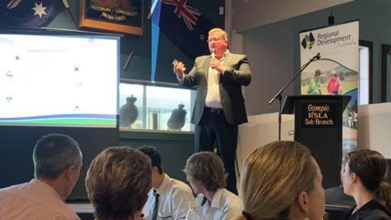 Scott Rowe addresses a Gympie Chamber of Commerce meeting at the RSL on February 10.
