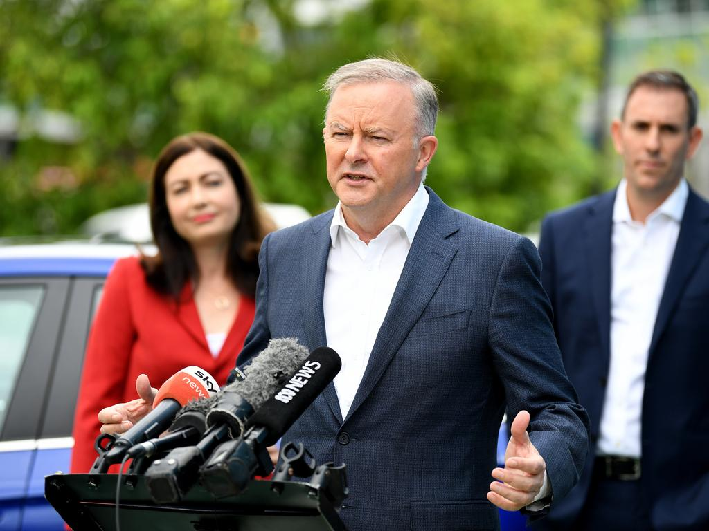 Anthony Albanese has accused the government of leaving Australians waiting for the vaccine. Picture: NCA NewsWire / Dan Peled