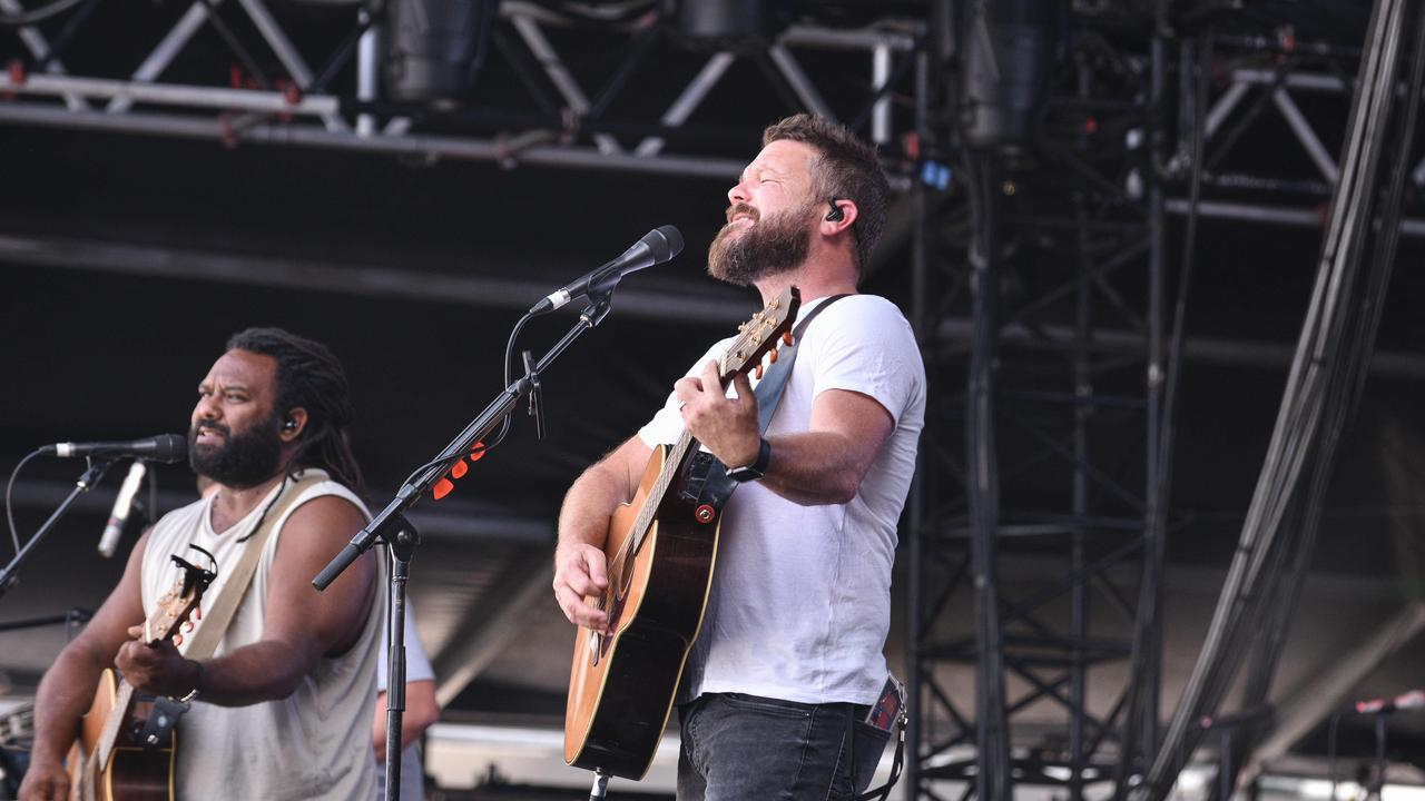 Busby Marou on the stage of Bankwest Stadium, concert for RFS. (Daily Telegraph / Flavio Brancaleone)