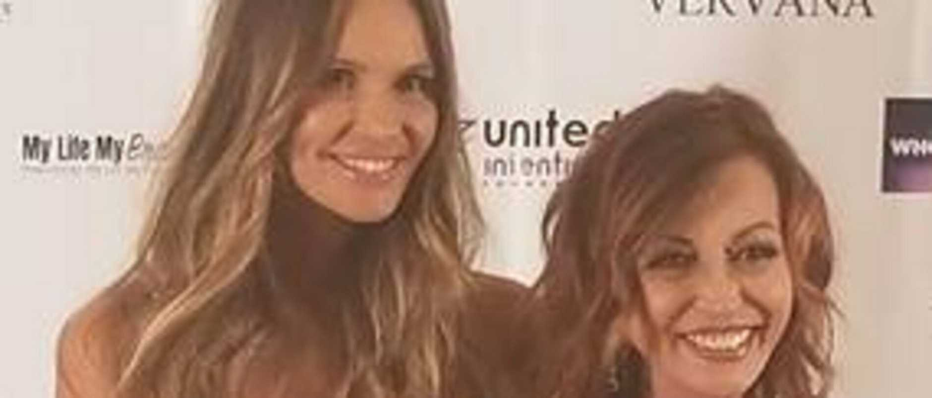 Elle Macpherson appears at the 2017 Doctors Who Rocks Awards as a Very Special Guest.