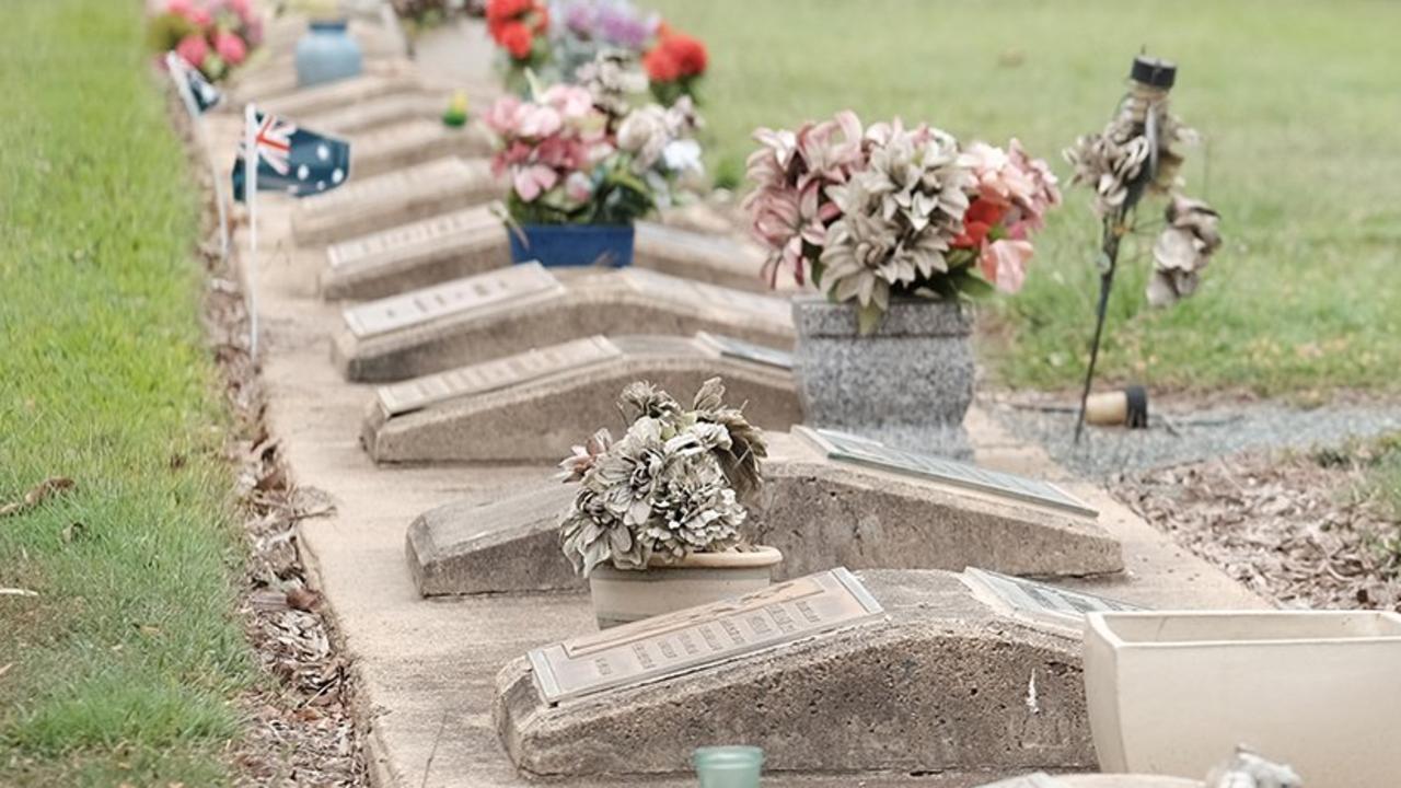 Proserpine Cemetery. Photo Matthew Newton