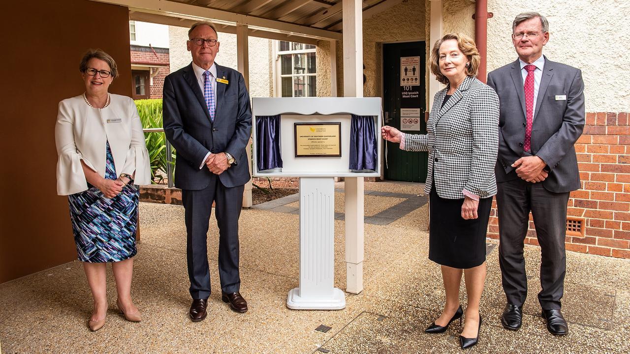 USQ Vice-Chancellor Professor Geraldine Mackenzie, USQ Chancellor John Dornbusch, Chief Justice of Australia Susan Kiefel and USQ Deputy Chancellor George Fox unveil the new Moot Court.