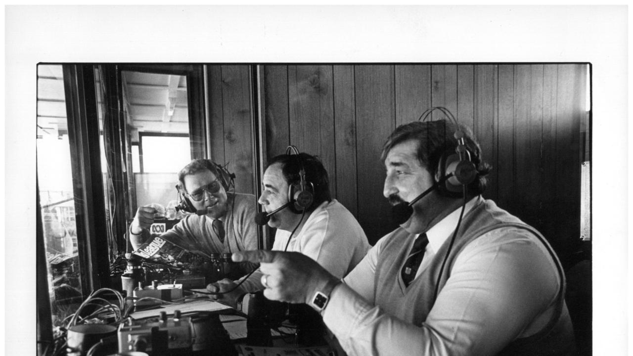 Hartley and Peter Peters teamed up to become Sydney's number one rugbly league commentary team in the mid 1980s.