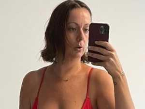 Celeste roasts Kendall with 'real' bikini pic