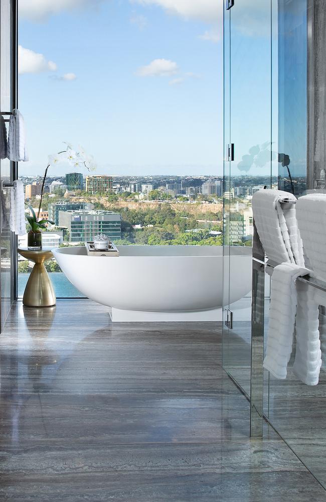 Bathing beauty: Emporium Hotel Parklands Penthouse Suite