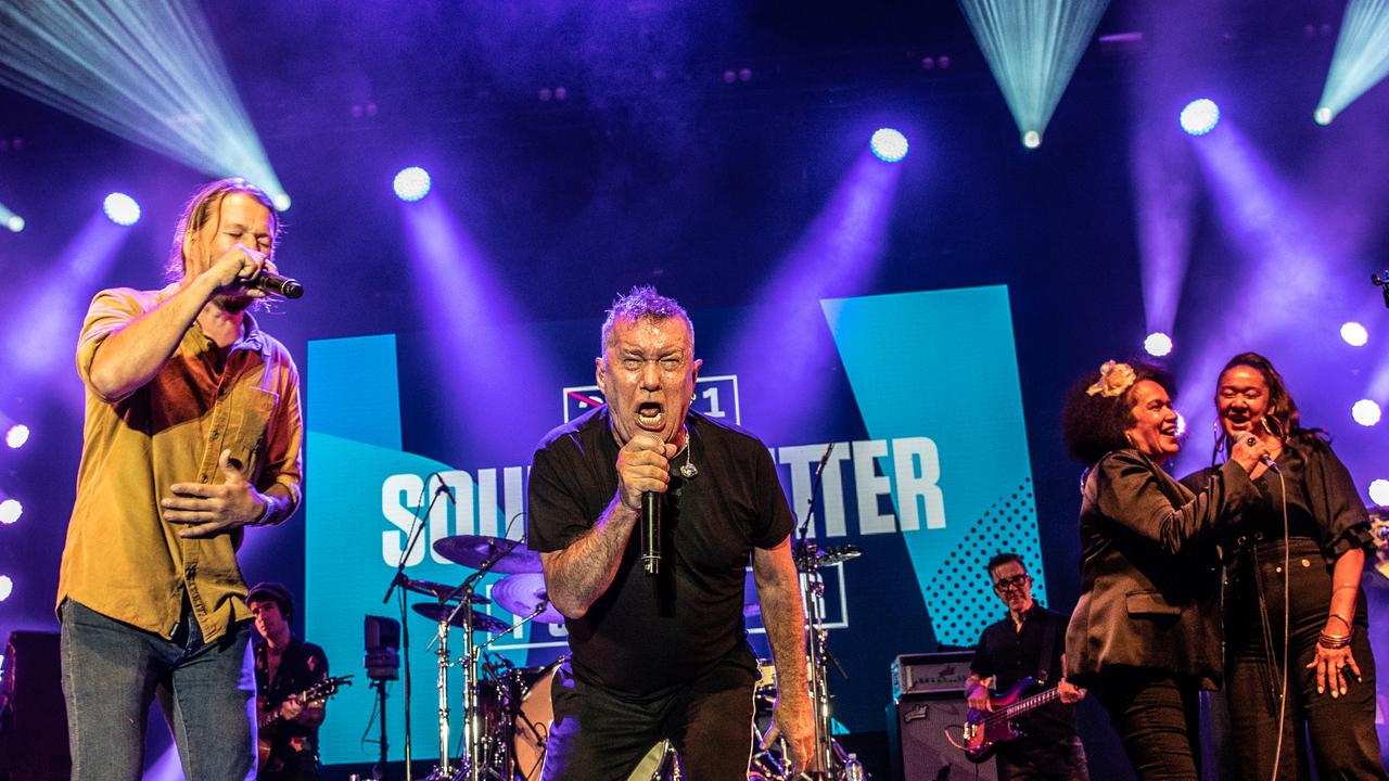 Jimmy Barnes with Josh Teskey and Vika and Linda. They are all part of the Bluesfest 2021 line up. Photo by David Harris