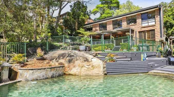 Craig Kelly gets windfall at auction
