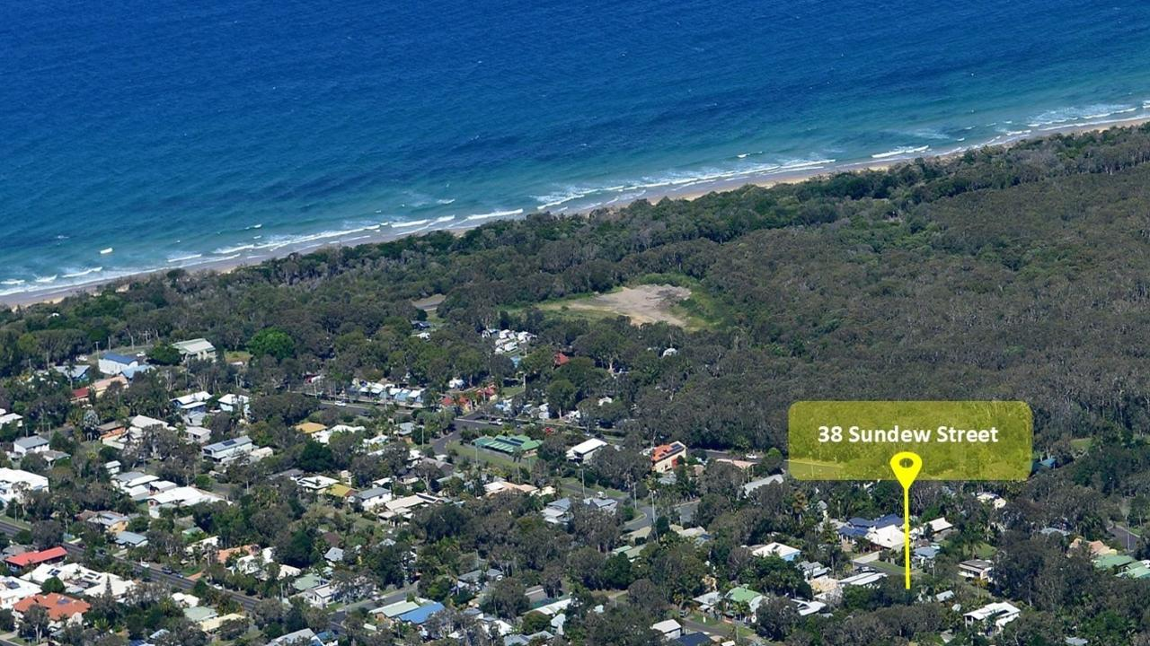 Beachside living is really in demand on the Coast as this Mudjimba property showed.
