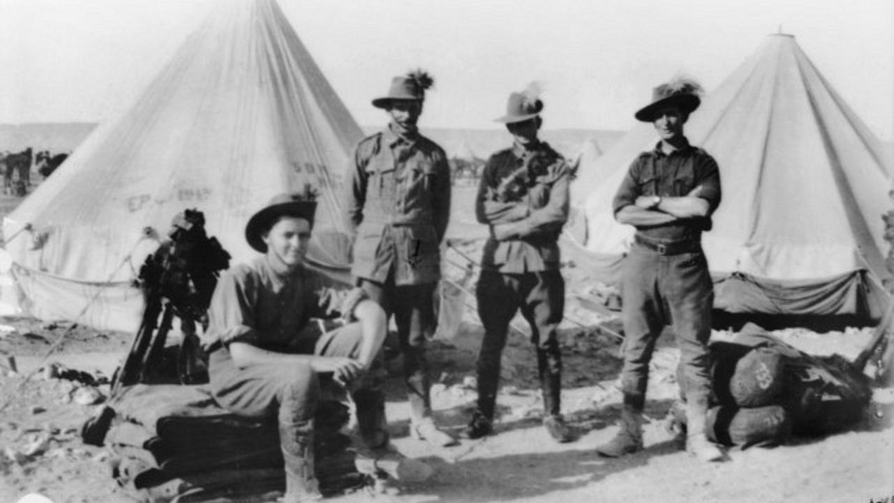 5th Australian Light Horse Regiment Cairo Egypt 1915. Trooper 748 Ernest William Weeks (second from right). Photo: Australian War Memorial