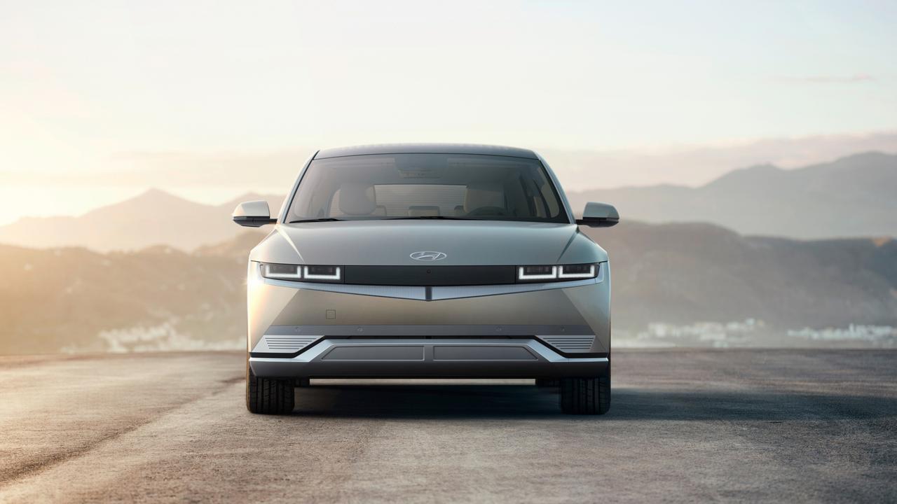 EMBARGO: 6pm 23/2/21, 2021 Hyundai Ioniq 5 electric SUV.