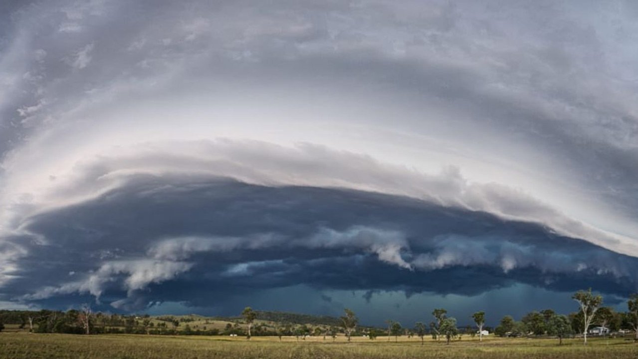 A massive storm rolls over Coleyville in the Scenic Rim south of Ipswich. Picture: Amanda Bolton