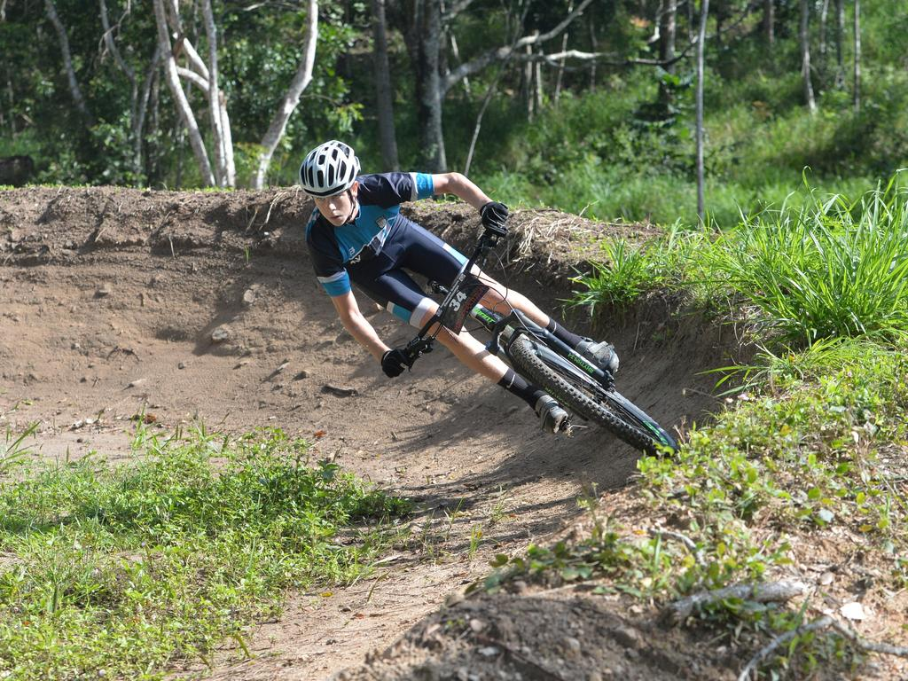 Cameron Mellifont races around the burb at Rowallan Park, 2017. Picture: File