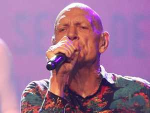 Midnight Oil rocks Sydney with a little help from their friends
