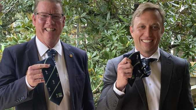 Deputy Premier dons 'must-have' Rocky fashion accessory