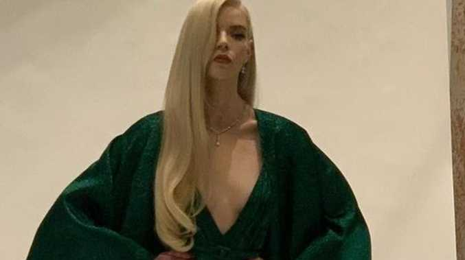 Star stuns in $2.3m dress at Globes