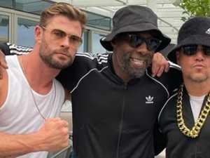 Hemsworth throws celeb-filled '80s bash