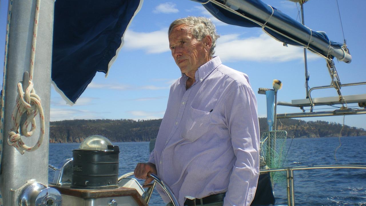 Bob Chappell sailing Four Winds in January 2009.