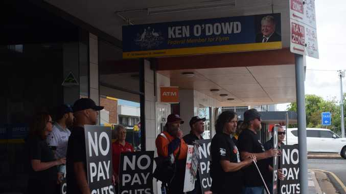 'Boot the Bill': Worker's protest outside O'Dowd's office