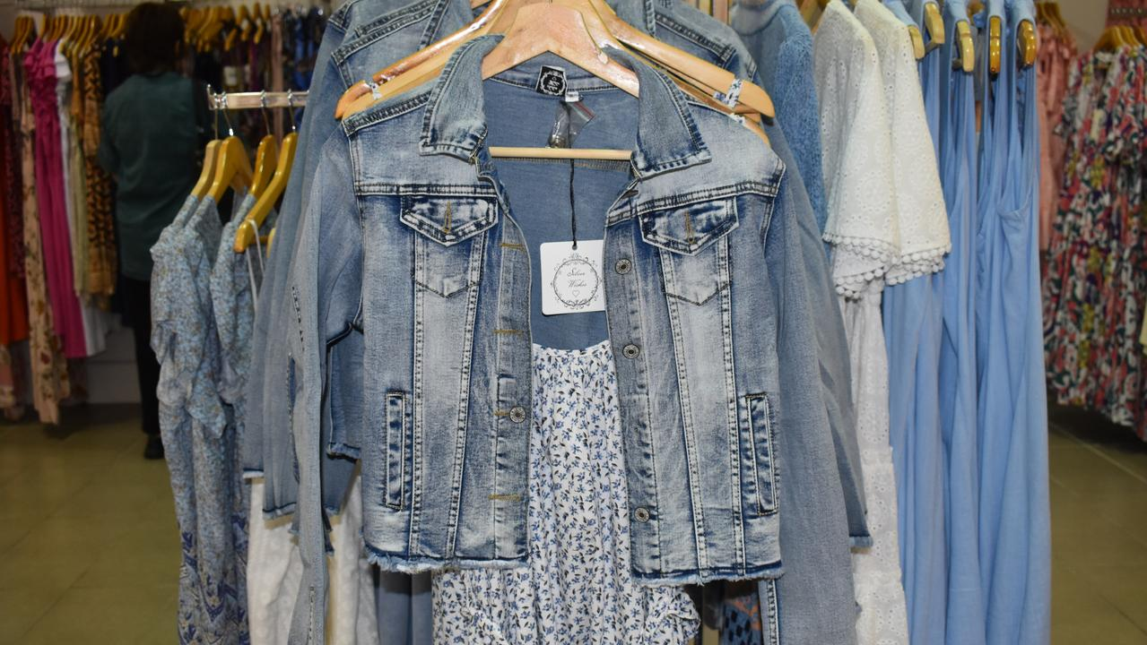 Cropped jackets with dresses are a trendy choice for the cooler months.