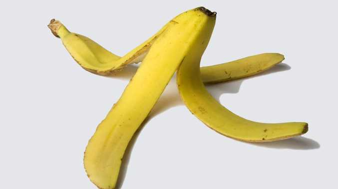 Man threatens to kill brother for forgetting to buy bananas
