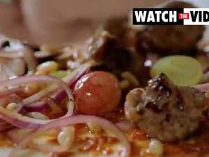 Jamie Oliver puts grapes on pizza (Channel 4)