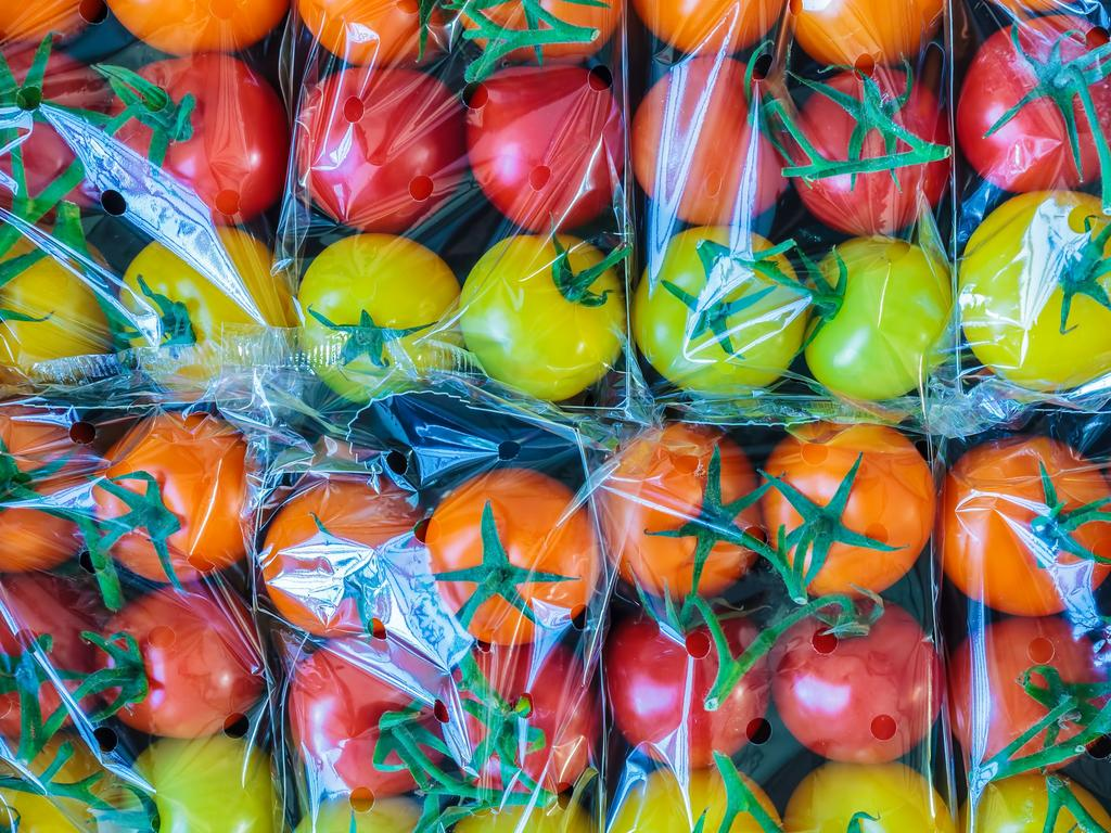 Supermarkets say they are reducing their packaging, but many consumers still opt for fruit and vegetables wrapped in plastic.