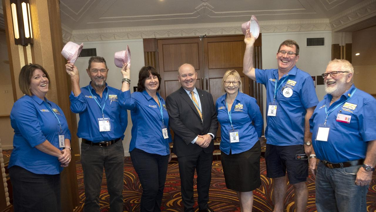 Welcoming guest speaker Shane Fitzsimmons (centre) to the Rotary District conference are Rotarians (from left) Jacquie Roberts, Brian Hunt, Carol Franettovich, Wendy Byron, Mark Norman and Bill Mason.