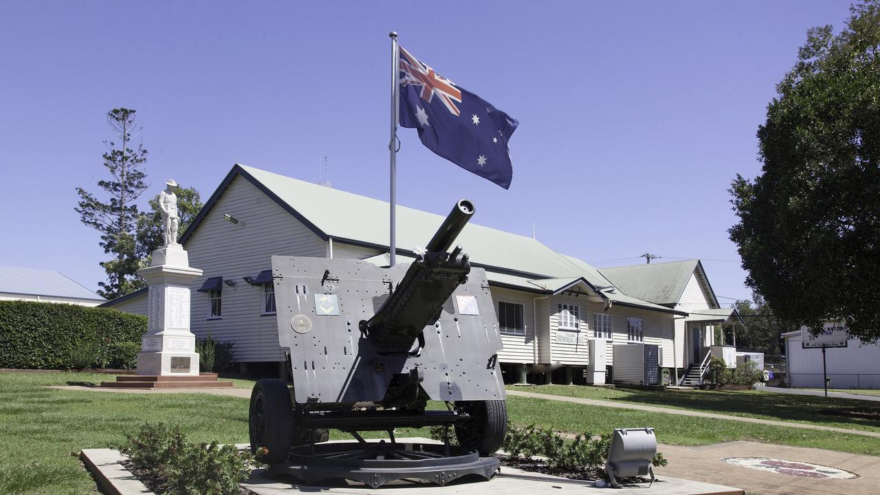 The artillery piece at Tiaro had rust patches treated and repainted.
