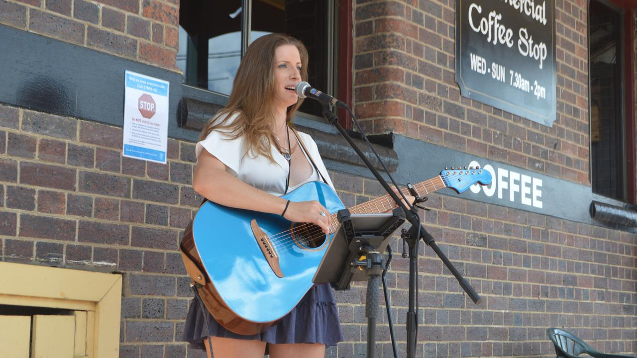 LEMONADE OUT OF LEMONS: Singer songwriter Rae Leigh performs at the 2021 South East Queensland Busking Finals in Stanthorpe.