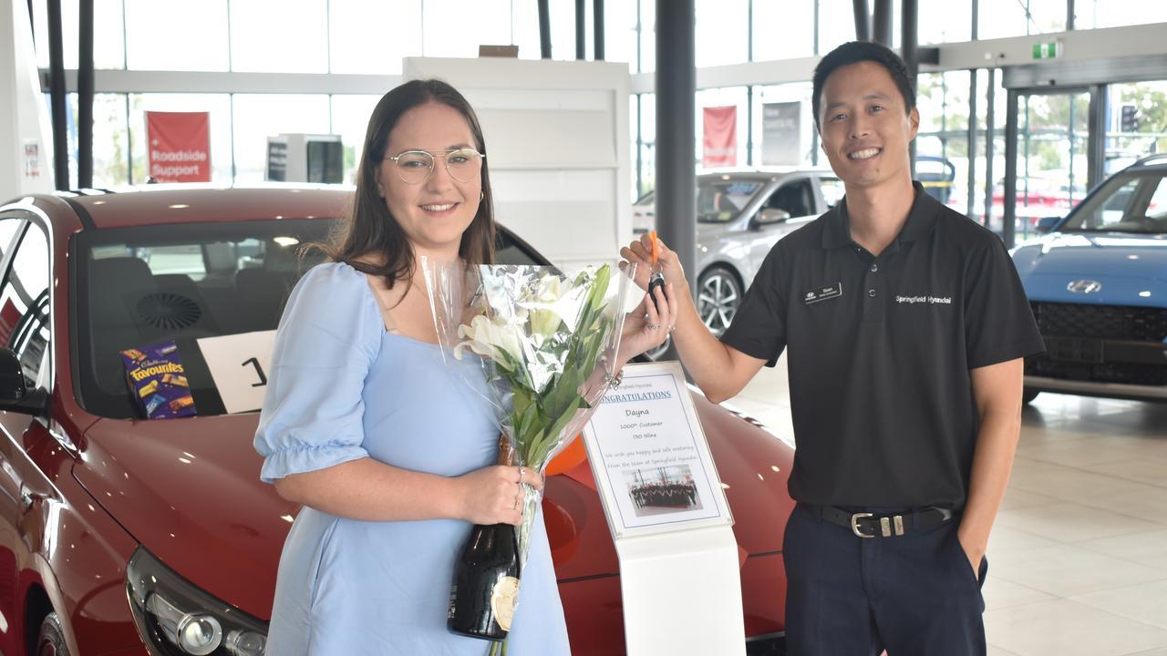 Hyundai Springfield celebrates its 1000th car sale.