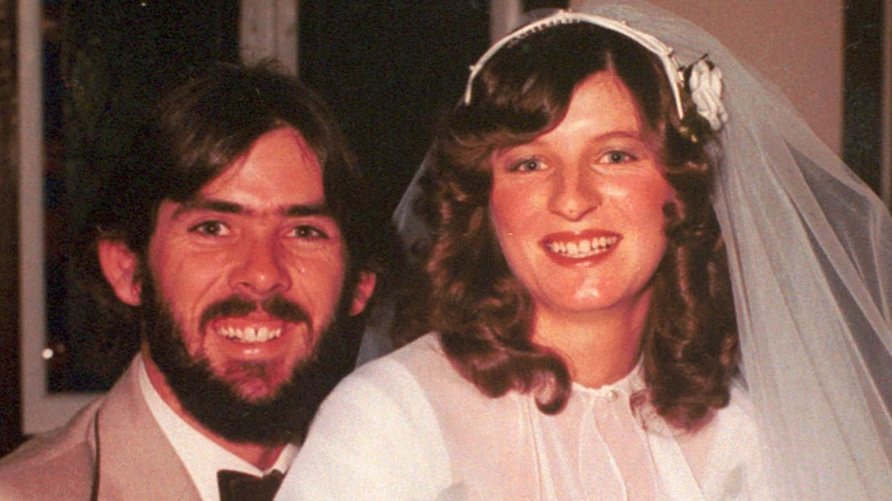 Murdered Gold Coast woman Linda Reed with husband Robert on her wedding day.